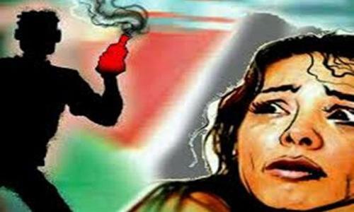 योगीराज: राजधानी लखनऊ में भी सुरक्षित नहीं महिलाएं, सीएम योगी के आश्वाशन के बाद, दोबारा हुआ Acid Attack